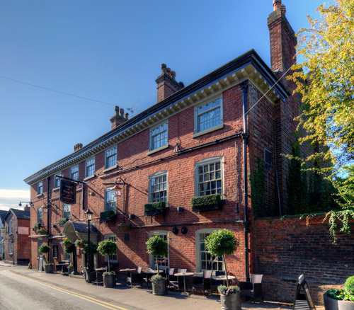 the angel food pub in knutsfords on king street