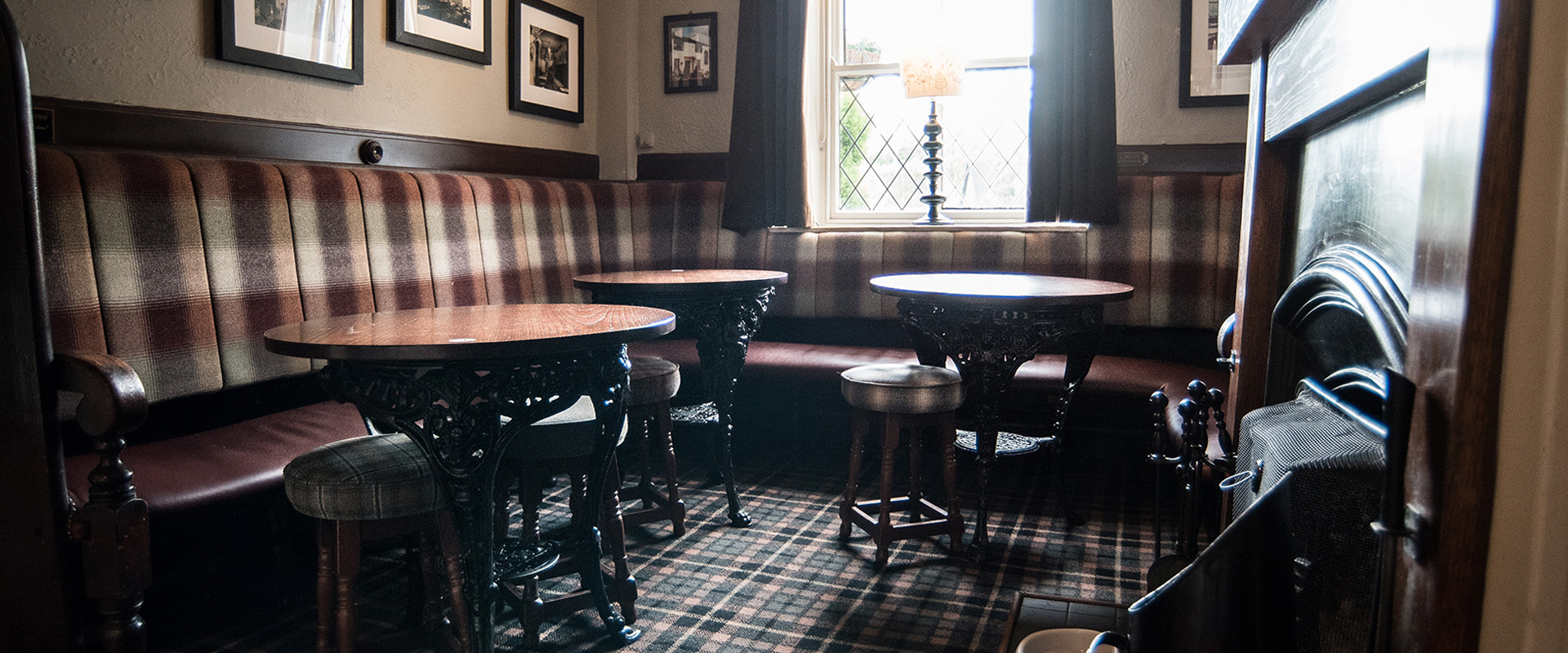 black dog pub belmont inside seating area