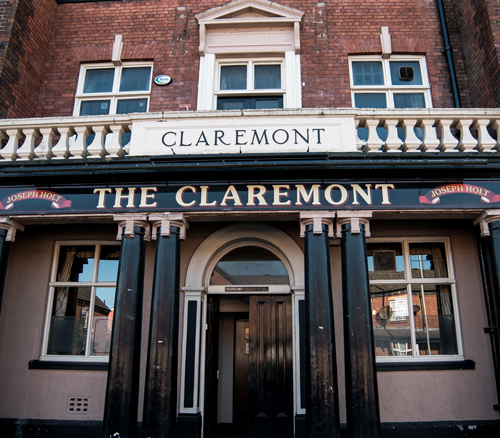 the claremont pub moss side