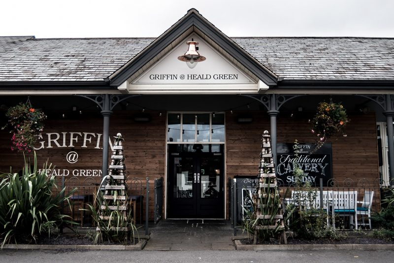 griffin food pub in heald green stockport