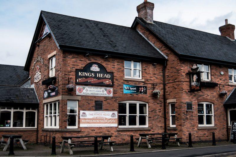 kings head pub droylsden