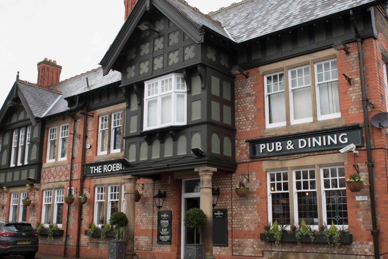 the roebuck food pub in urmston manchester