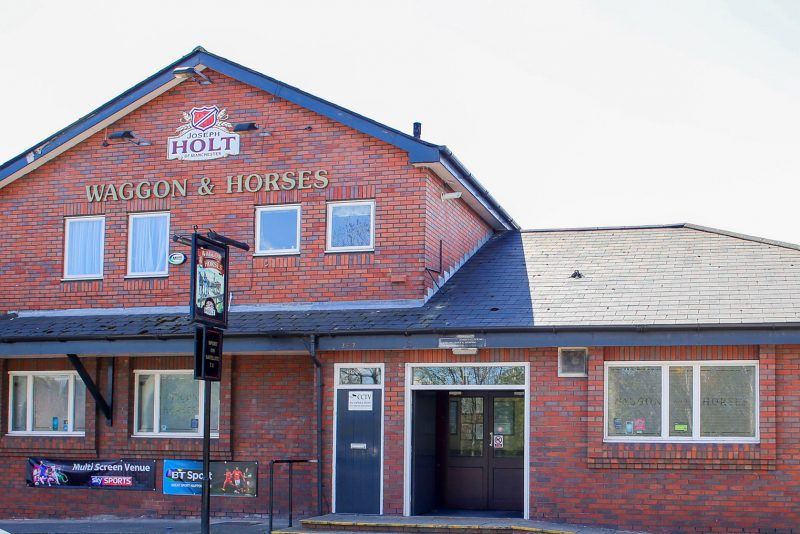 waggon and horses irlams o'th height pub
