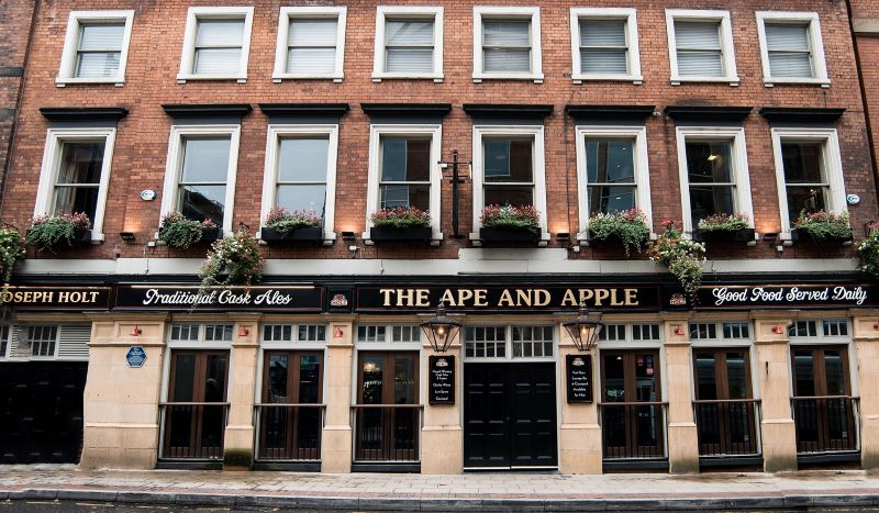 ape and apple manchester outside