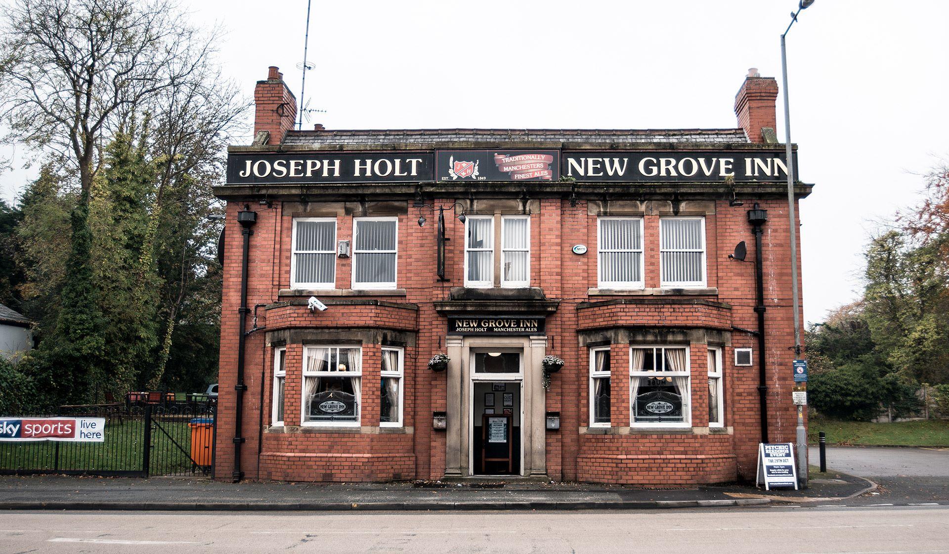 New Grove Inn featured Pub