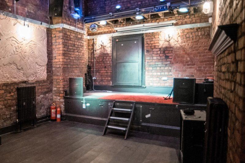 eagle inn stage area