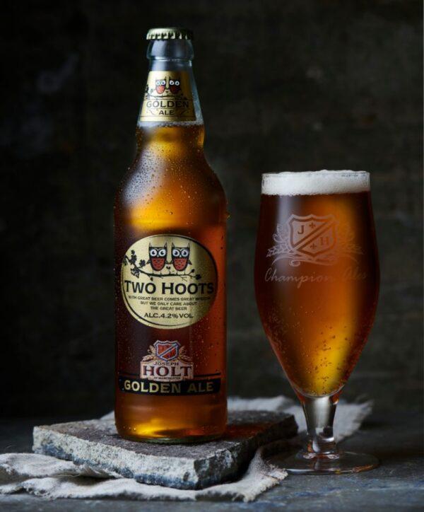 Two Hoots Bottle champion ale glass