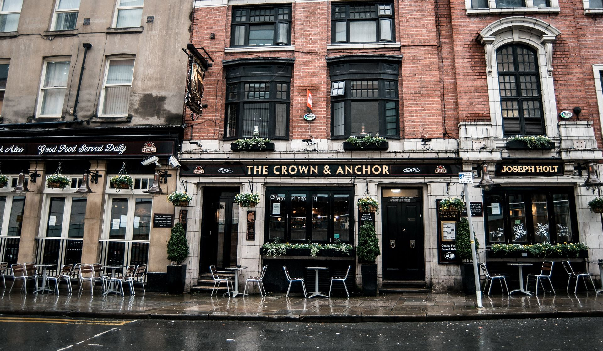 crown and anchor joseph holt pub central manchester