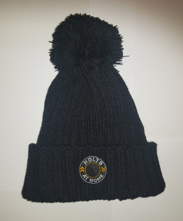 holts at home bobble hat