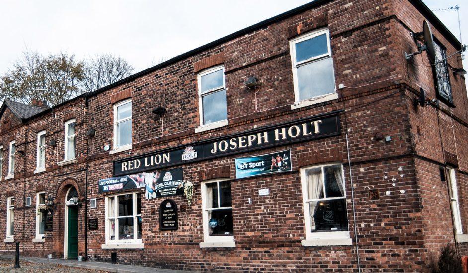 red lion pub prestwich